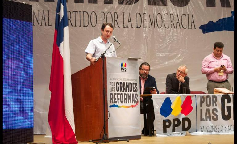 PPD define primarias abiertas y regionales para ocupar cupo vacante de Insunza