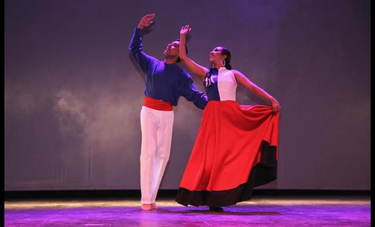 Agrupación de danzas Paihuen: La pasión por la danza folclórica que se consagró durante el 2014