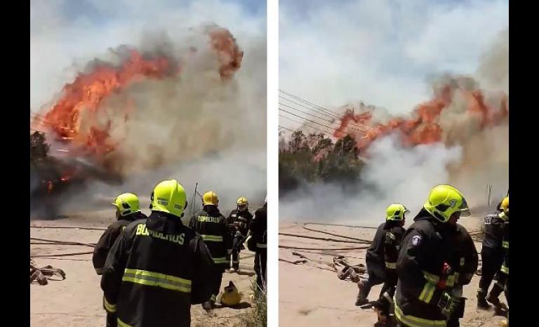 Gigantesco incendio en ruta que une a Ovalle con Sotaquí