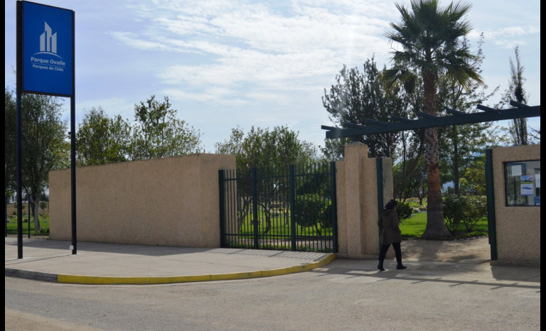 Familia limarina acusa negligencia de Parque del Recuerdo Ovalle