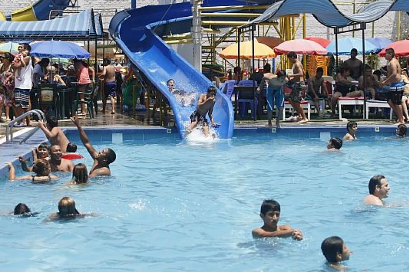 fiscalizan piscinas