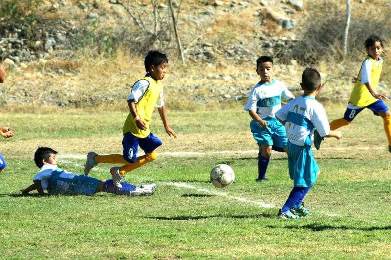 Fútbol, niños