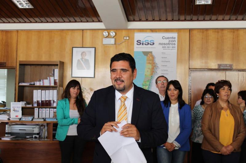 Herrera renuncia a gobernación y lanza su candidatura
