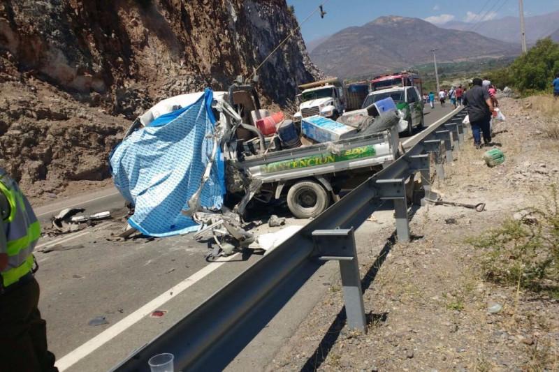Accidente vehicular en Monte Patria deja a un conductor fallecido
