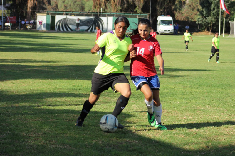 """""""Pumitas"""" de Temuco se quedan con el torneo nacional Anfur 2015"""