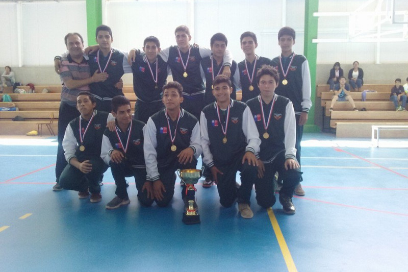 Escuela de Básquetbol Limarí celebra título en campeonato por invitación