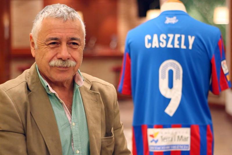 Carlos Caszely apuesta por Chile ante Colombia