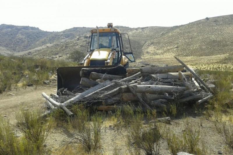 Derriban y destrozan cercos a comuneros  del  Maitencillo en Punitaqui