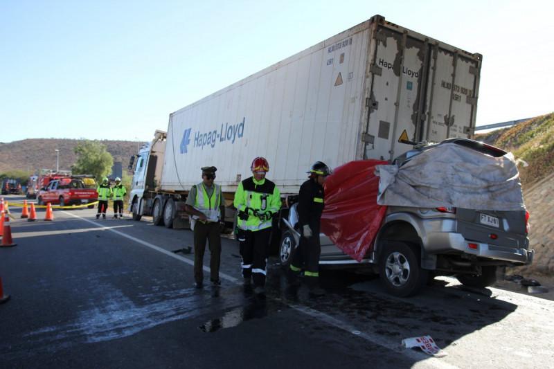 Tragedia carretera: familia muere en accidente tras regresar de vacaciones