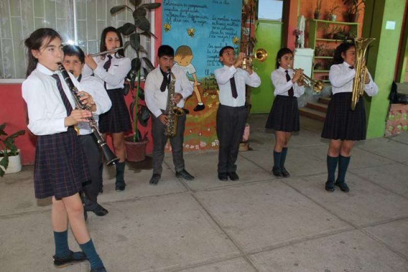 Enseñan valores a través de la música en Banda Escolar sotaquina