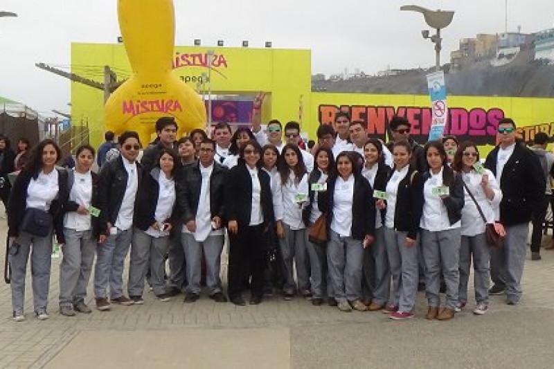 Futuros cocineros se maravillan en Perú